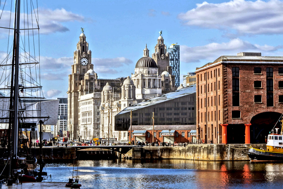 Transport persoane Brasov Liverpool